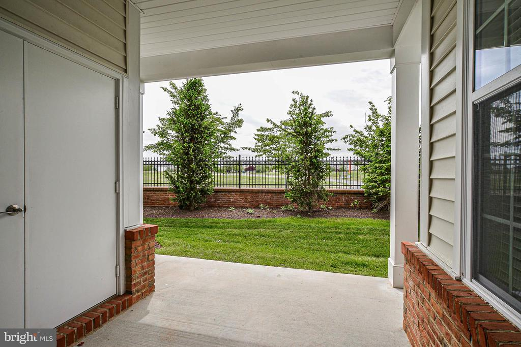 Covered patio - 20981 ROCKY KNOLL SQUARE #107, ASHBURN
