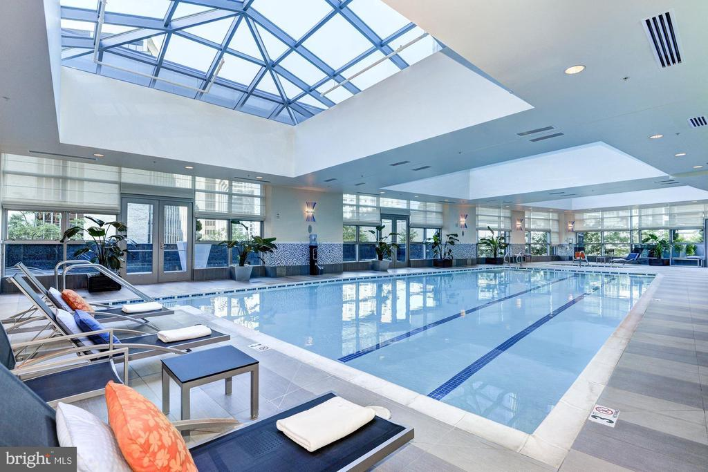 All Season Pool - 1881 N NASH ST #804, ARLINGTON