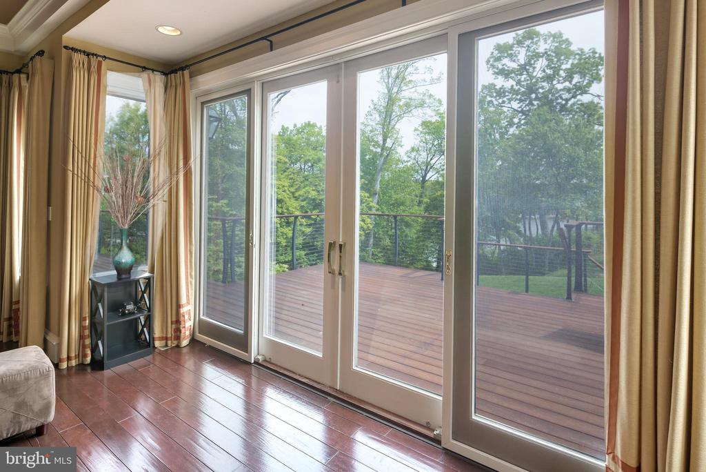Serene and peaceful views - 809 HOMESTEAD LN, CROWNSVILLE