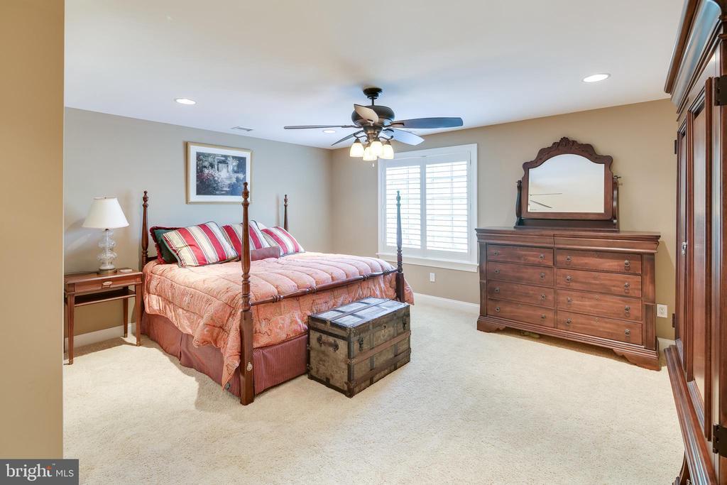 Bedroom #6 - 809 HOMESTEAD LN, CROWNSVILLE