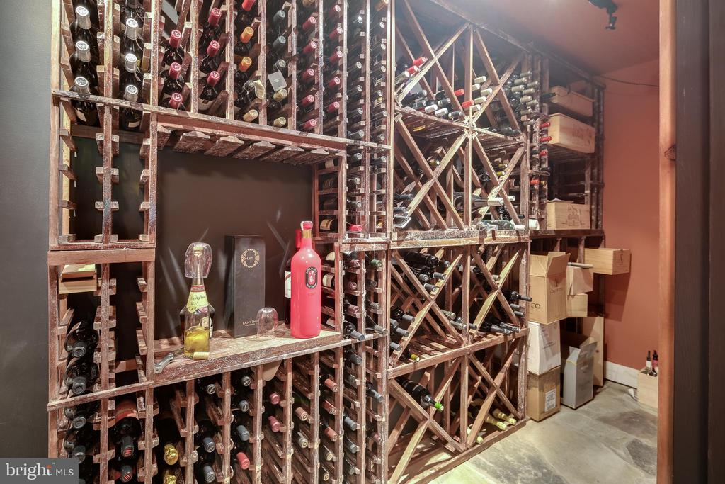 Wine cellar - 809 HOMESTEAD LN, CROWNSVILLE