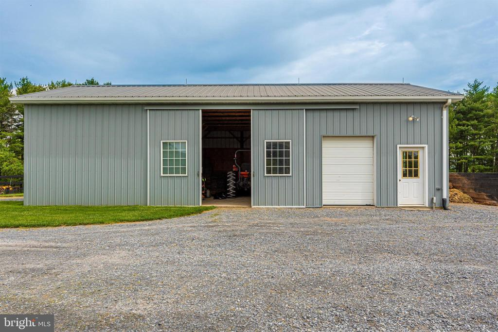storage barn - 6950 BURKITTSVILLE RD, MIDDLETOWN