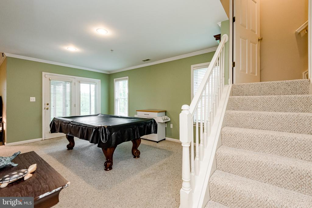 Family Room on lower level - 606 ANDREW HILL RD, ARNOLD