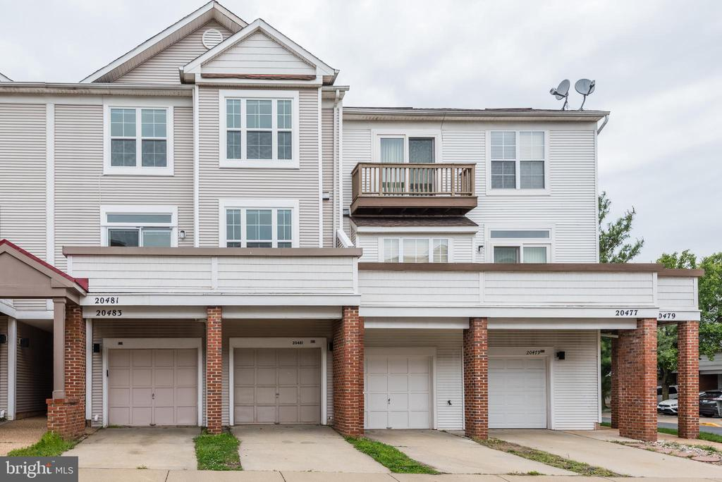 - 20481 COOL FERN SQ, ASHBURN