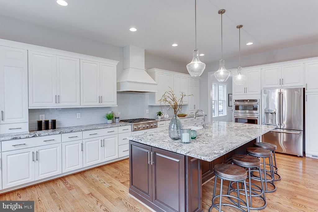 Photos are from prior build & are representative - 1600 COLLINGWOOD RD, ALEXANDRIA