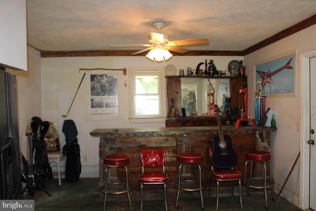 One of a kind bar in the man cave. - 2 BLAIR RD, FREDERICKSBURG