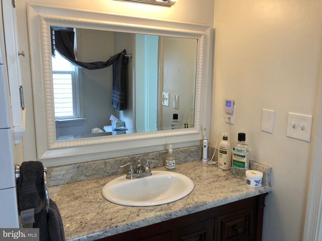 Master Bathroom - 8 S CHERRY GROVE AVE, ANNAPOLIS
