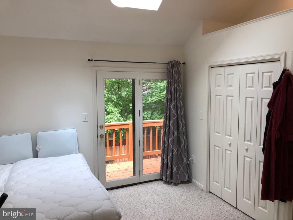 Master Bedroom slider leads to balcony - 8 S CHERRY GROVE AVE, ANNAPOLIS