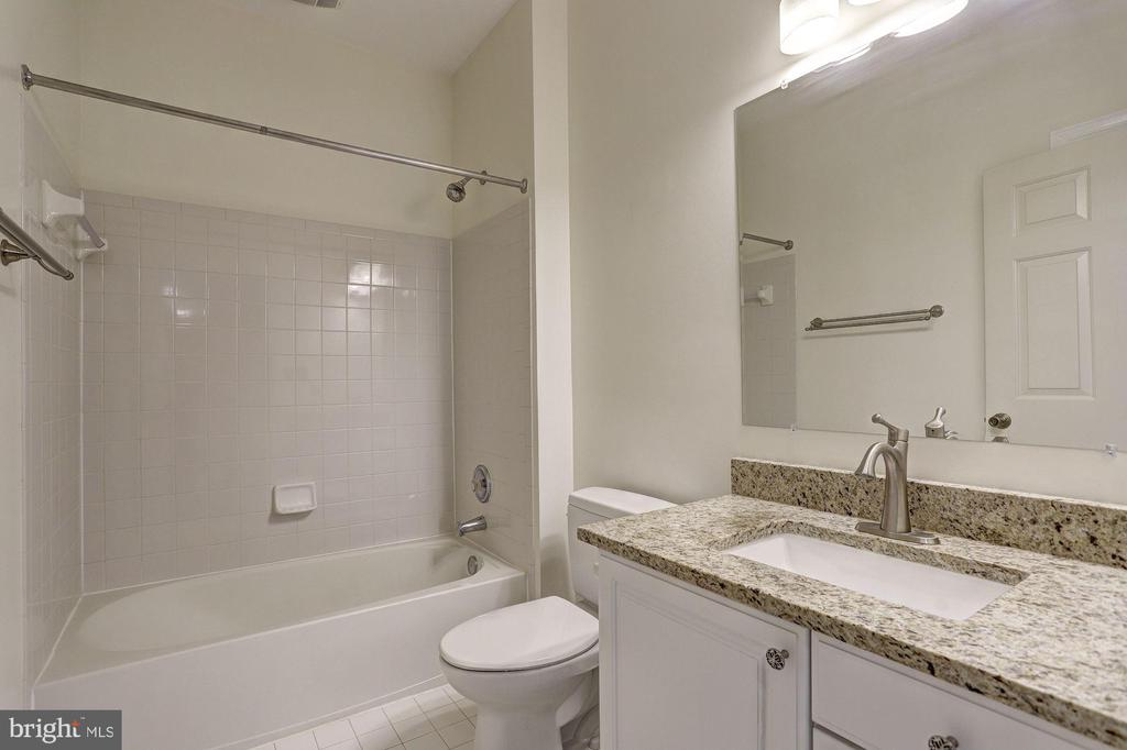 Full Bath - 6115 HOLLY RIDGE CT, COLUMBIA