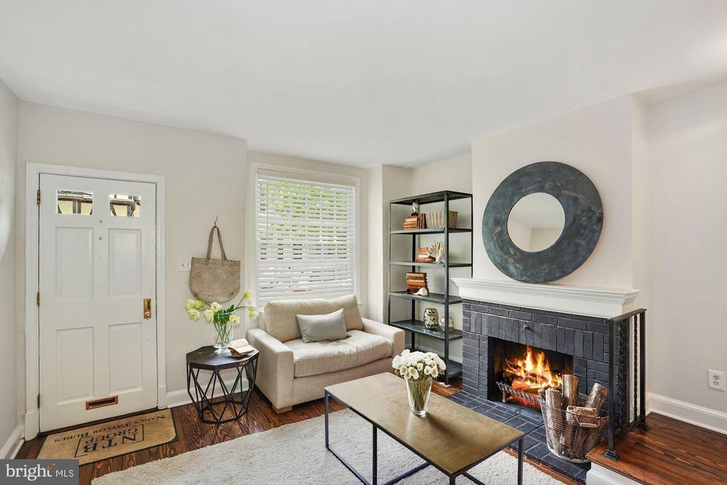Living Room - 1555 33RD ST NW, WASHINGTON