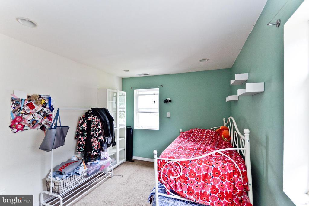 Bedroom - 2504 22ND ST NE #6, WASHINGTON