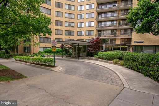4740 CONNECTICUT AVE NW #209
