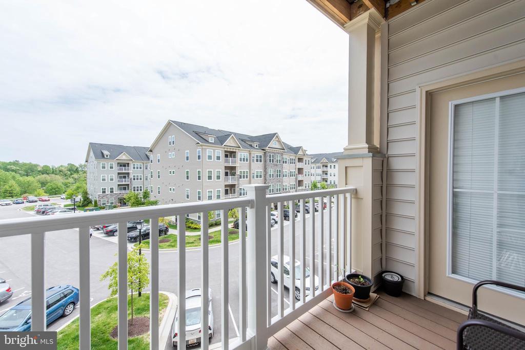 Balcony - 2231 JOHN GRAVEL RD #M, MARRIOTTSVILLE
