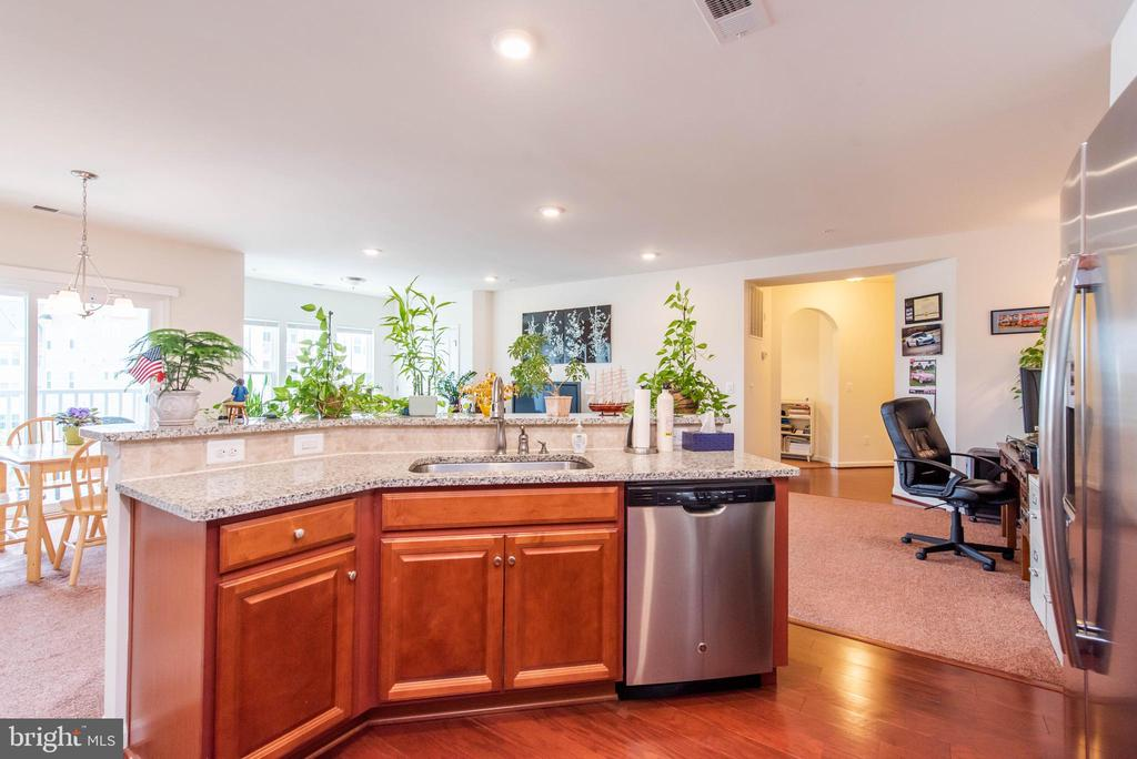 Kitchen - 2231 JOHN GRAVEL RD #M, MARRIOTTSVILLE