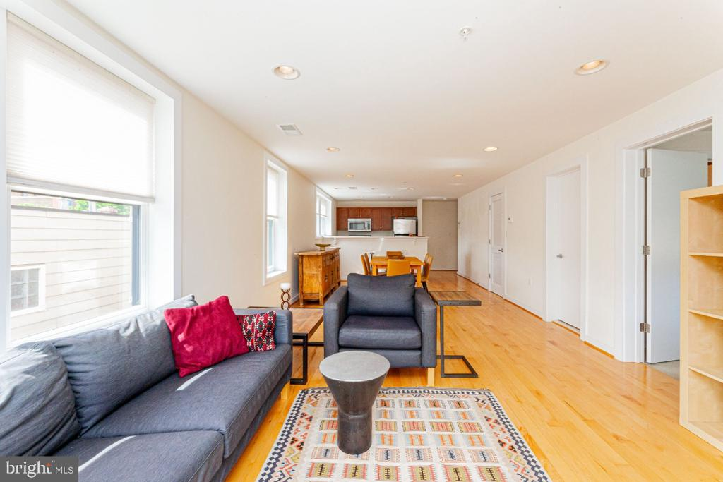 - 732 LAMONT ST NW #303, WASHINGTON