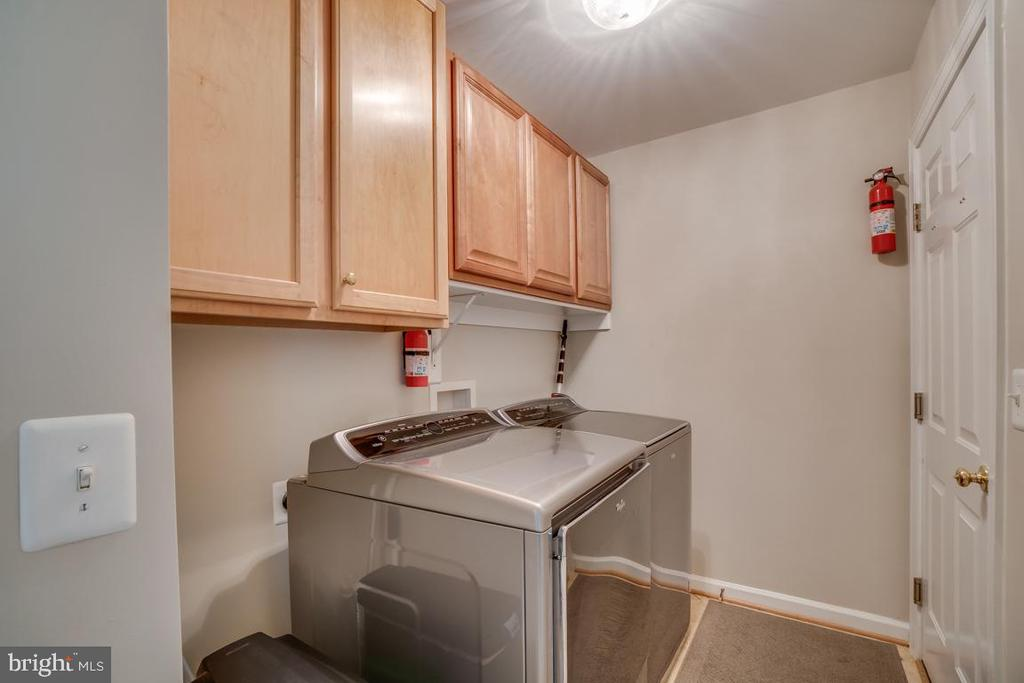 Laundry Room - 43671 MINK MEADOWS ST, CHANTILLY