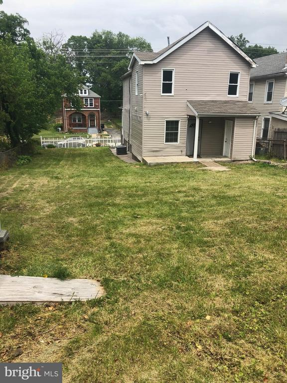 Double Lot Backs to alley, driveway potential - 5215 DIX ST NE, WASHINGTON