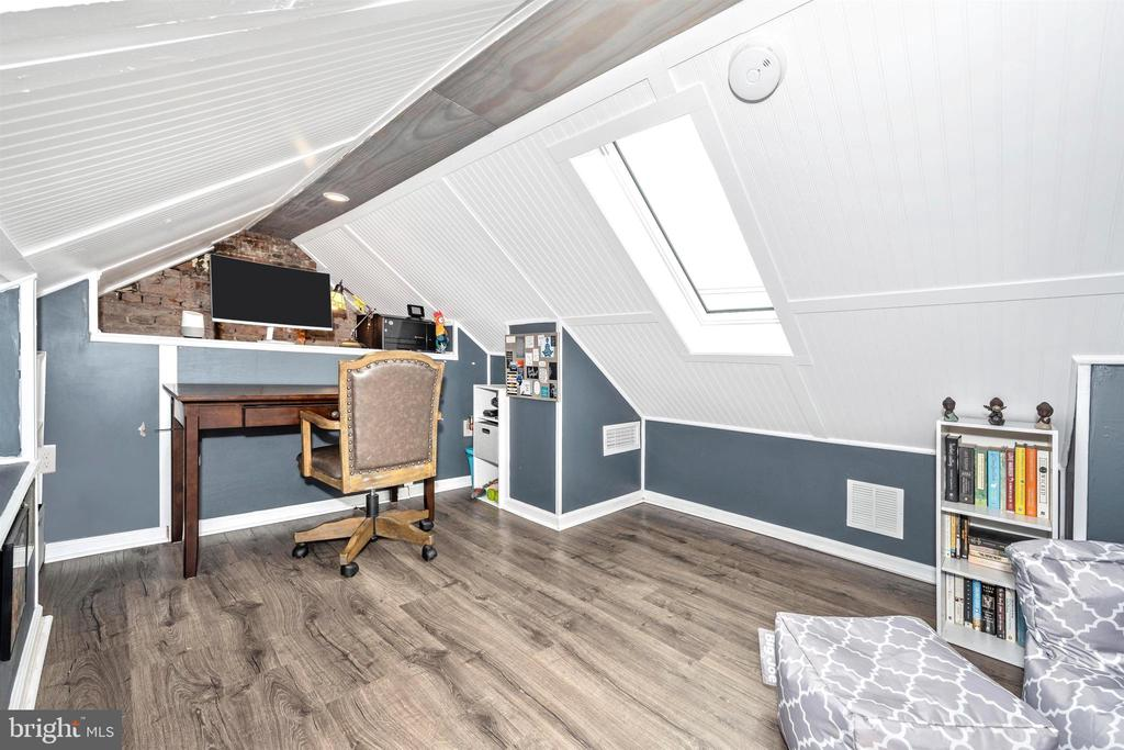 Attic space includes skylight - natural light!! - 18 N WISNER ST, FREDERICK