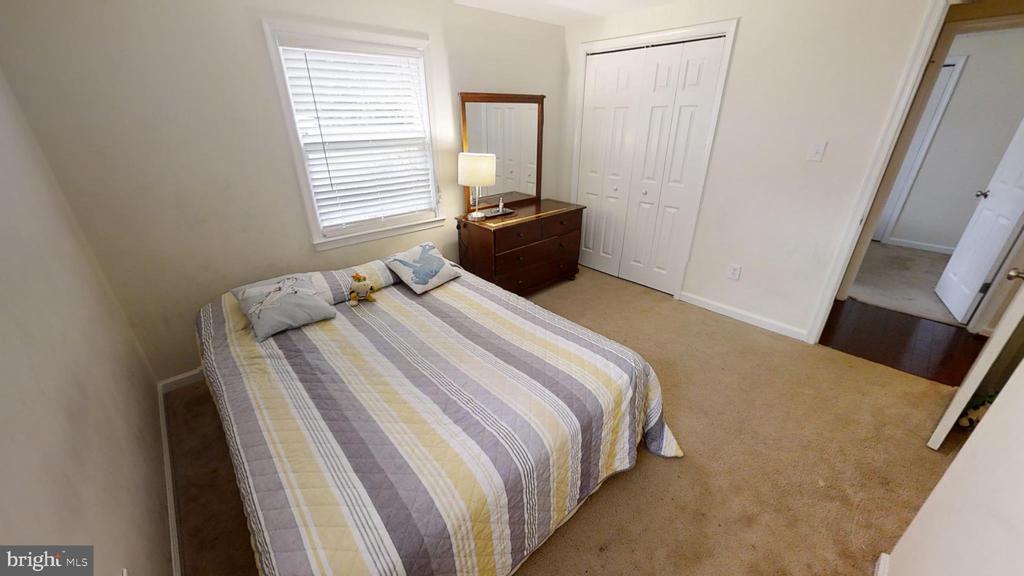 3rd Bed... - 28 NOVAK DR, STAFFORD