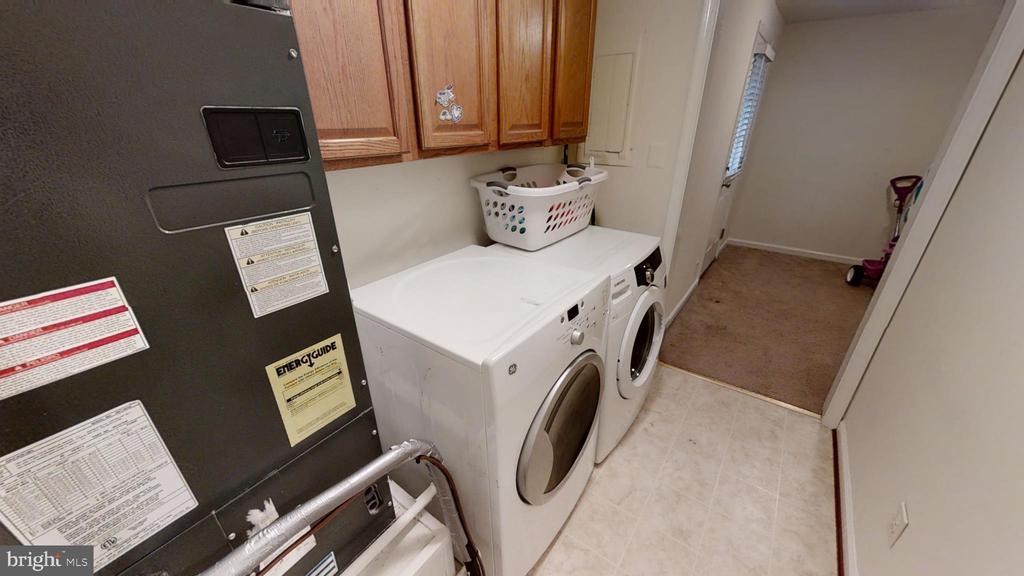 Laundry Room - 28 NOVAK DR, STAFFORD