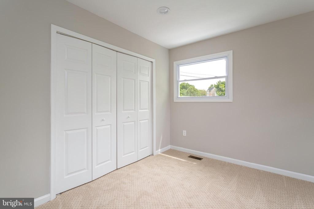Master Bedroom - 5362 HAYES ST NE, WASHINGTON