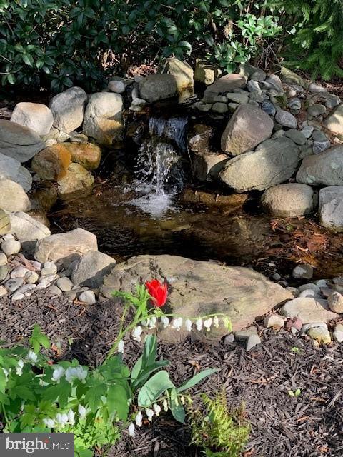 Water Scape - 5626 BROADMOOR TER N, IJAMSVILLE