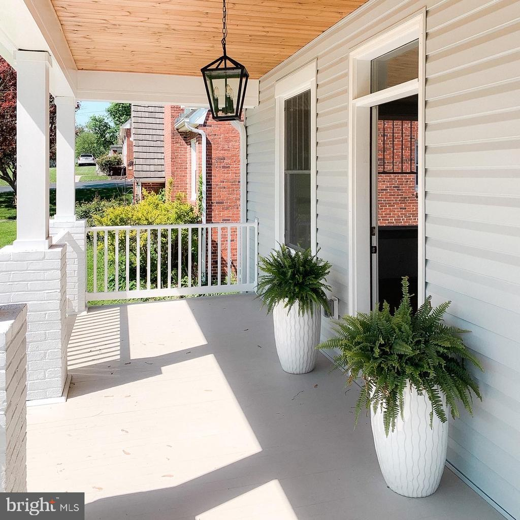 Front porch. - 3630 PETERSVILLE RD, KNOXVILLE