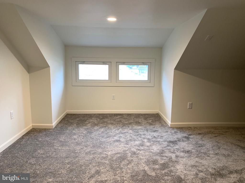Bonus area upstairs - 3630 PETERSVILLE RD, KNOXVILLE