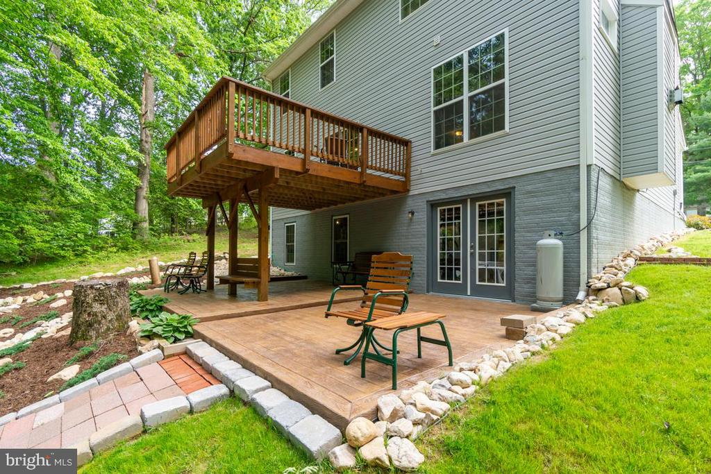 Outdoor Living Spaces! - 31 WALKER WAY, STAFFORD
