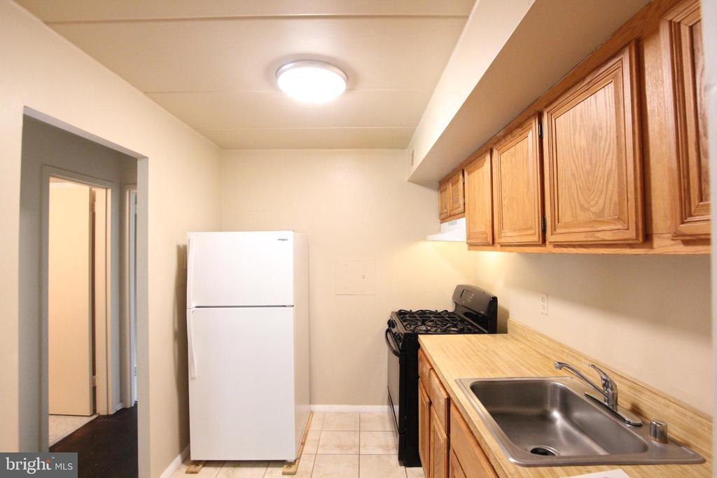 Kitchen - 2616 FORT FARNSWORTH RD #242, ALEXANDRIA