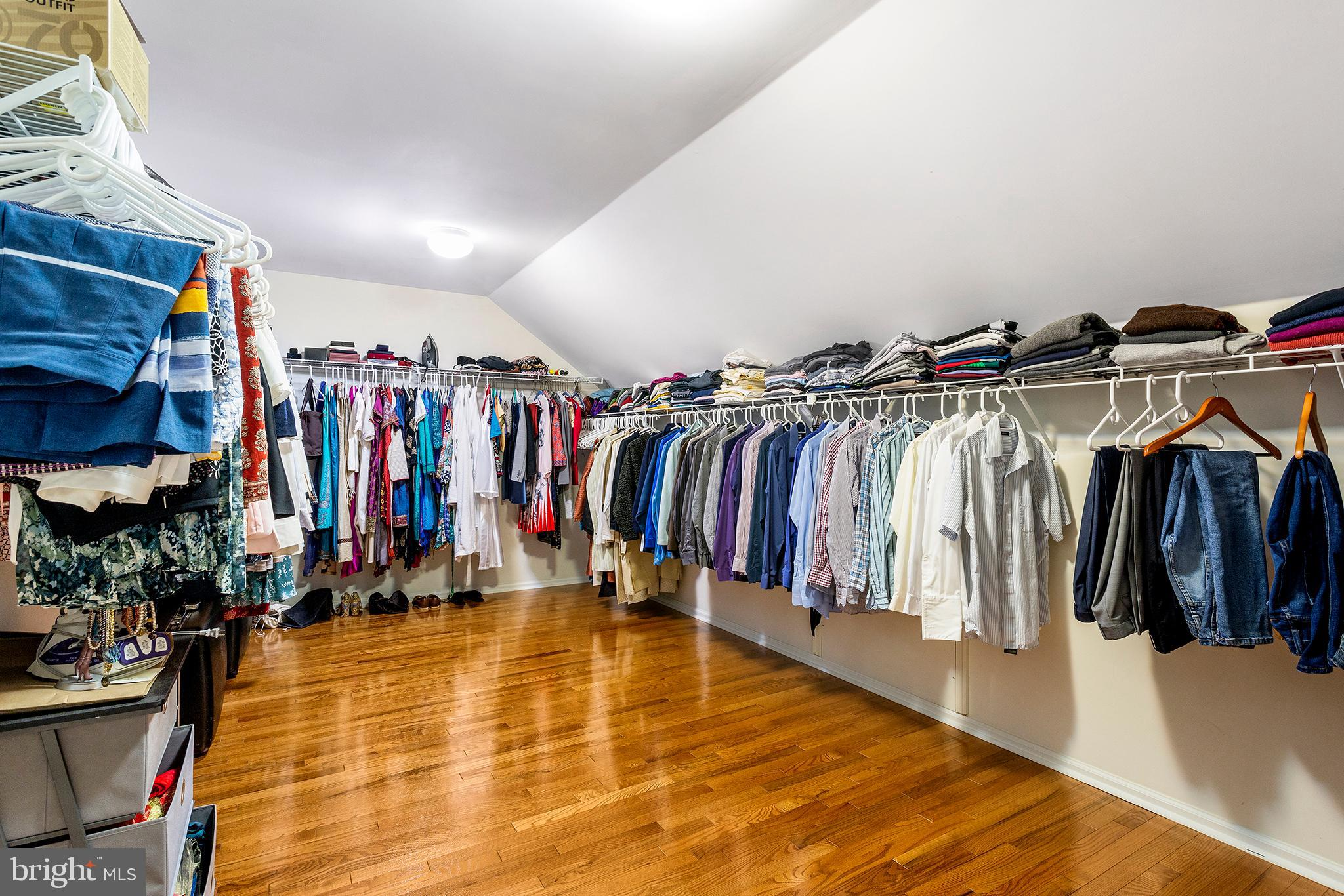 Master Bedroom dressing room/walk-in closet