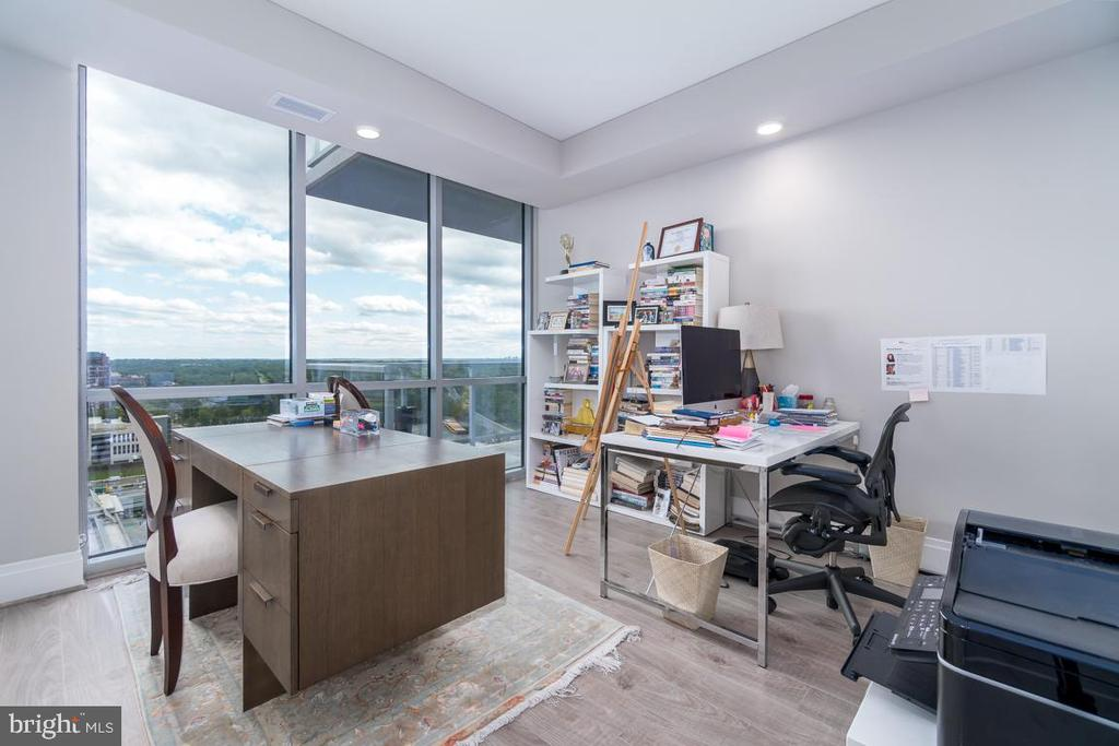 Office - 930 ROSE AVE #2002, ROCKVILLE