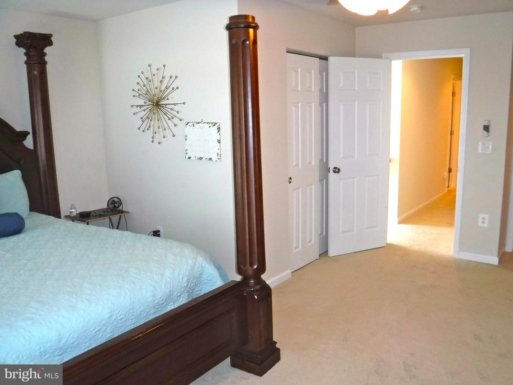 Master Bedroom - 15839 JOHN DISKIN CIR #72, WOODBRIDGE