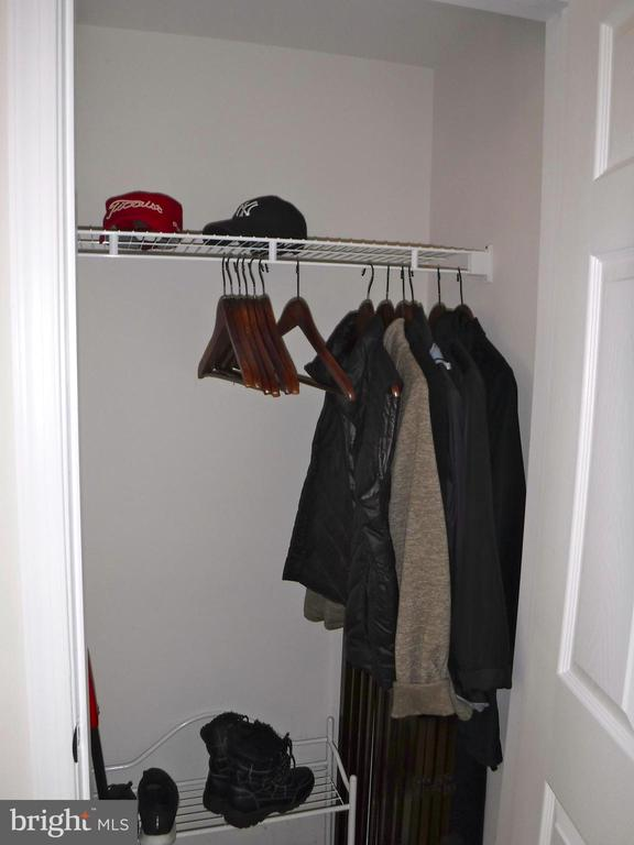Main level closet - 15839 JOHN DISKIN CIR #72, WOODBRIDGE