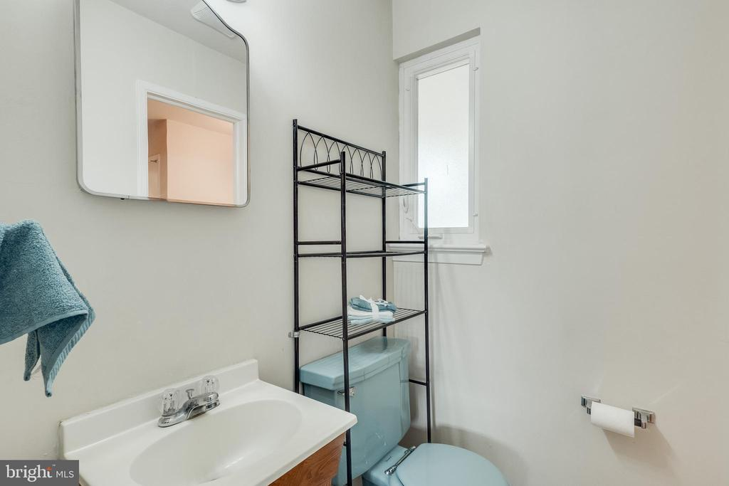 Master Bath - 5951 KEDRON ST, SPRINGFIELD