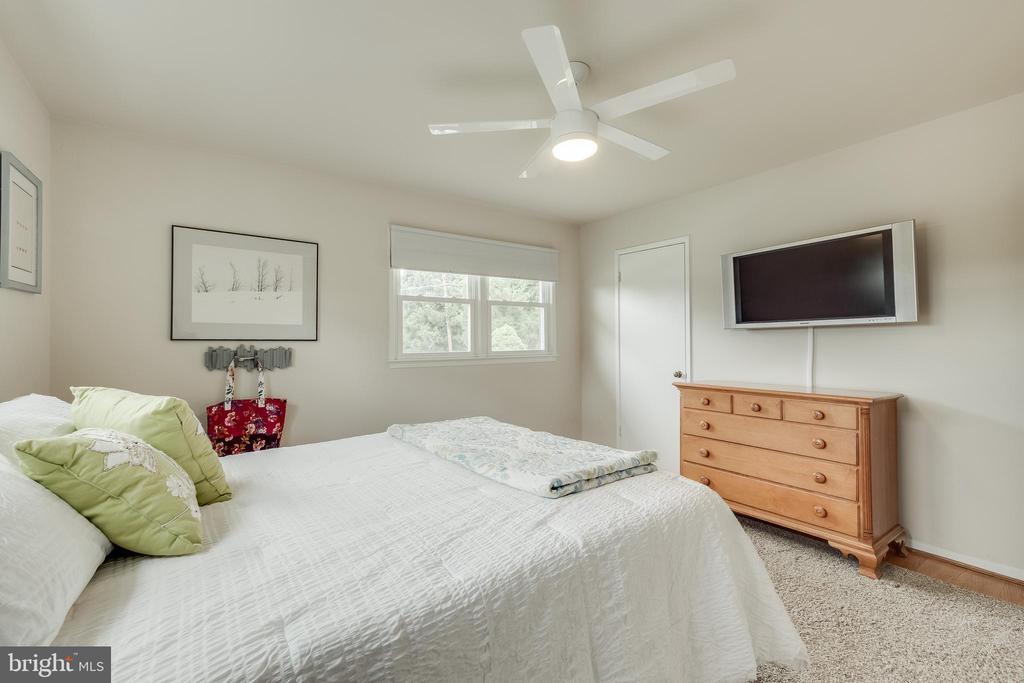 Master Bedroom - 5951 KEDRON ST, SPRINGFIELD