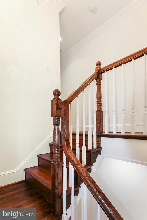 Traditional wooden balusters - 2705 WOODLEY RD NW, WASHINGTON