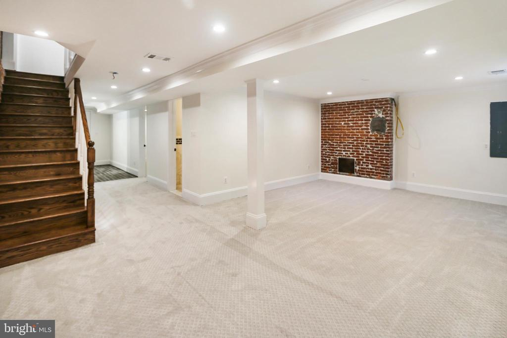 Another view of the common basement space - 2705 WOODLEY RD NW, WASHINGTON