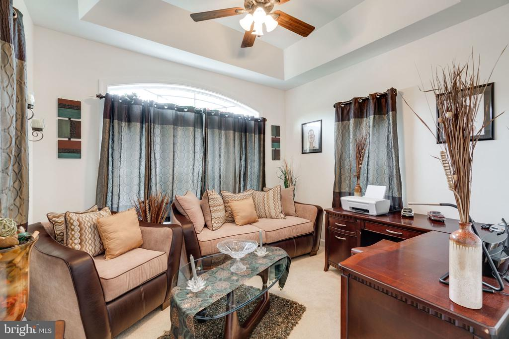 Charming main floor home office - 15672 ALTOMARE TRACE WAY, WOODBRIDGE