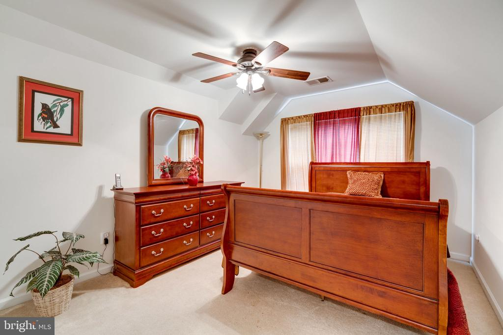Private bedroom on the 4th floor - 15672 ALTOMARE TRACE WAY, WOODBRIDGE