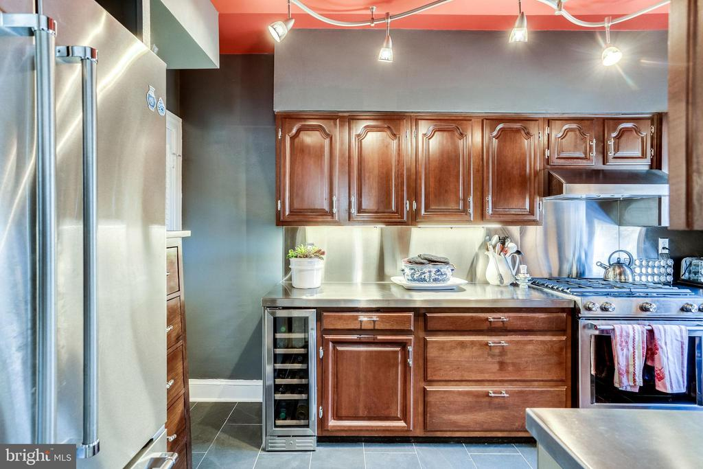 New kitchen in 2019 - 4000 CATHEDRAL AVE NW #43-B, WASHINGTON