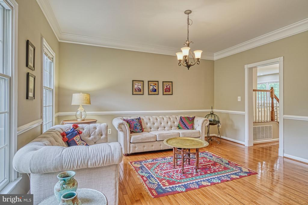 Sitting Room - 1321 GATESMEADOW WAY, RESTON