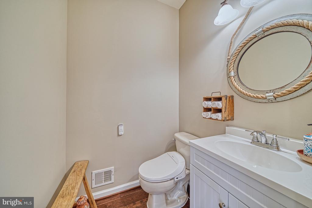 Powder Room - 1321 GATESMEADOW WAY, RESTON