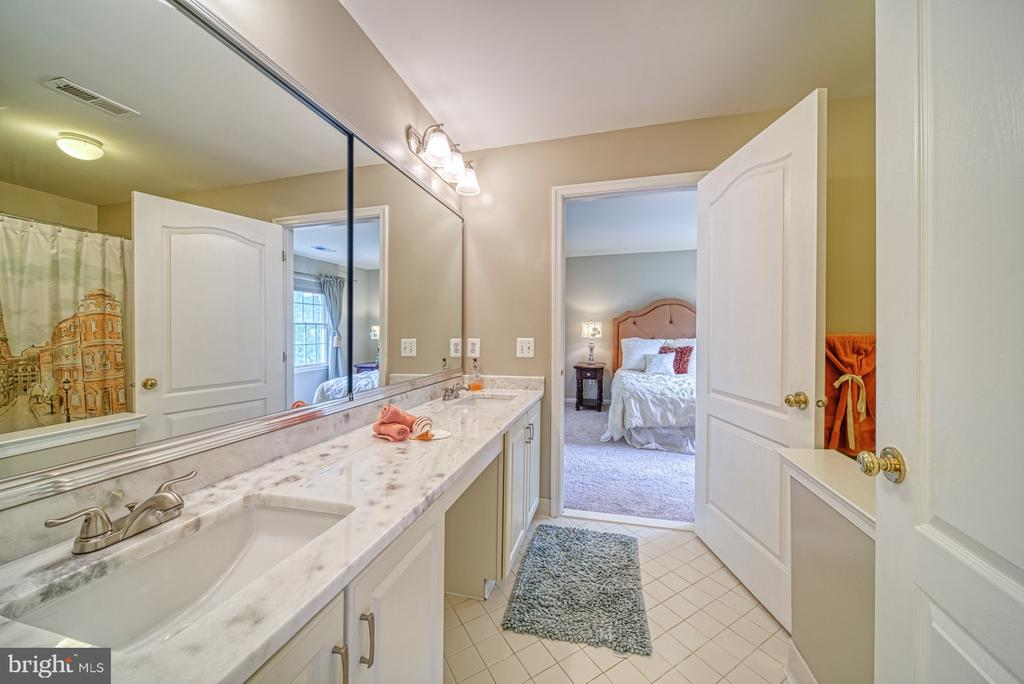Jack and Jill Bathroom with newly updated - 1321 GATESMEADOW WAY, RESTON