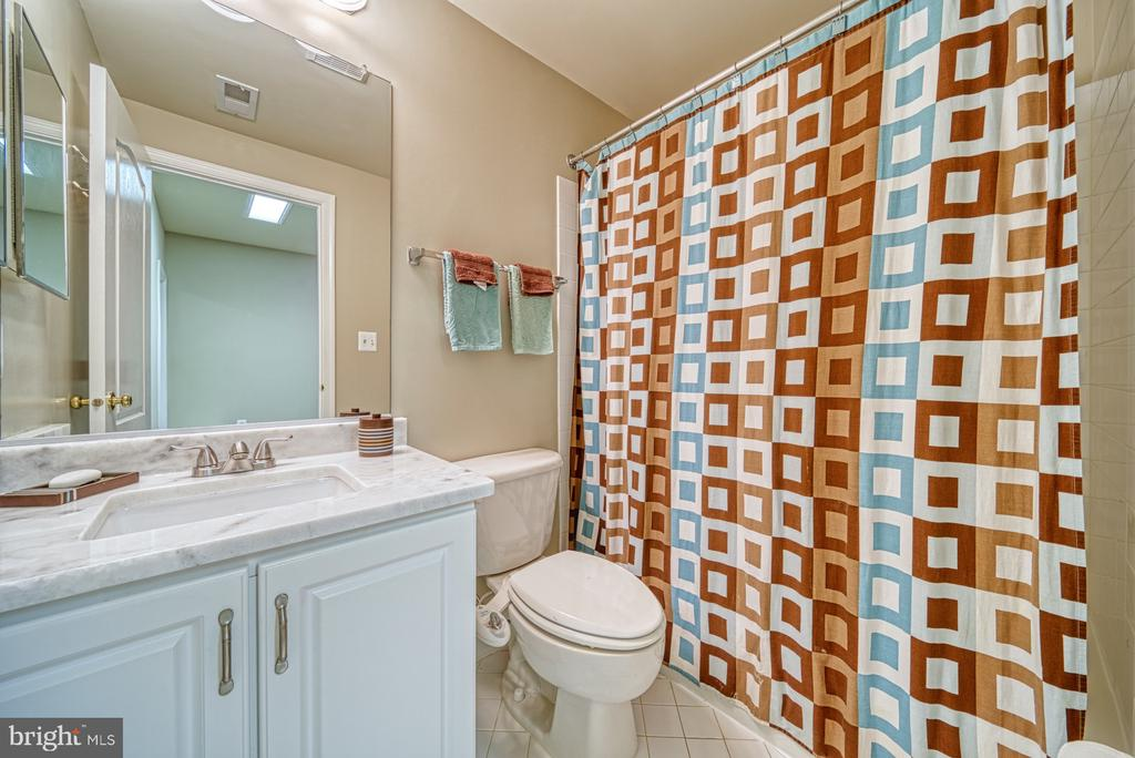 Updated Full Bathroom in Lower Level - 1321 GATESMEADOW WAY, RESTON