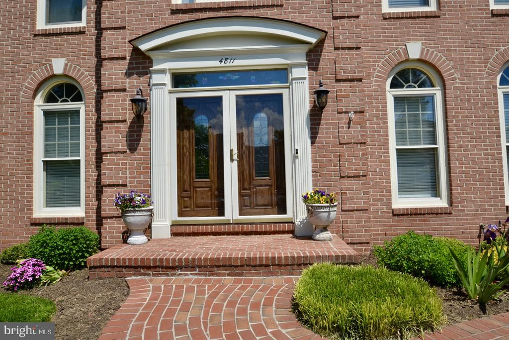 Welcome Home - 4811 WALNEY KNOLL CT, CHANTILLY
