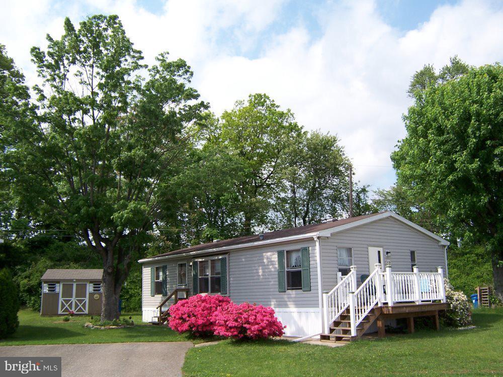 Single Family Homes para Venda às Christiana, Pensilvânia 17509 Estados Unidos