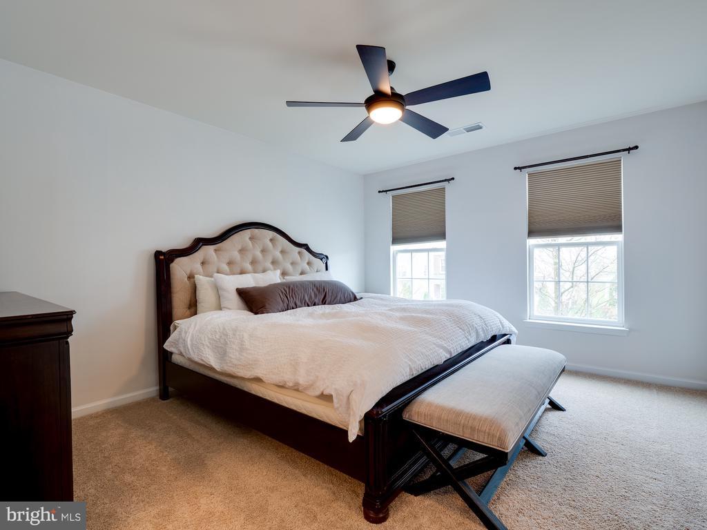 Bedroom #4 fits King bed - 42610 CALLALILY WAY, BRAMBLETON