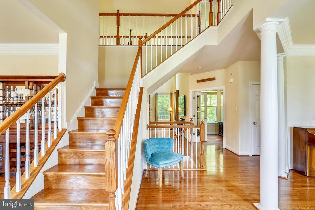 Grand foyer with front and rear staircase - 5262 MAITLAND TER, FREDERICK