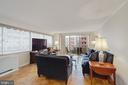 Spacious, light-filled living room - 5500 FRIENDSHIP BLVD #1616N, CHEVY CHASE